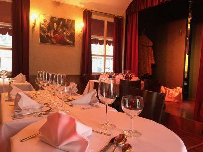 Die Dinnershow im NostalChique das Cabaret Theater